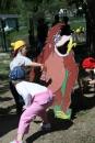 Hádzanie loptičkou - Kubko sa snažil triafať loptičkou opice do papule, aj sa mu to občas podarilo